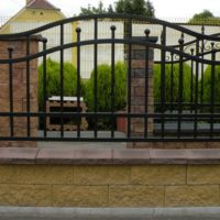 Ворота, заборы кованые